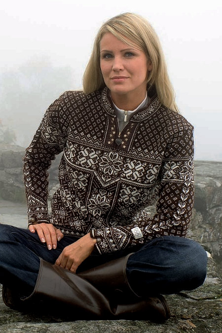 Dale of Norway Peace Sweater (Mocca)