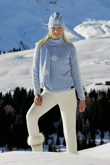 Dale of Norway Slaata Feminine Merino Sweater (Ice Blue)